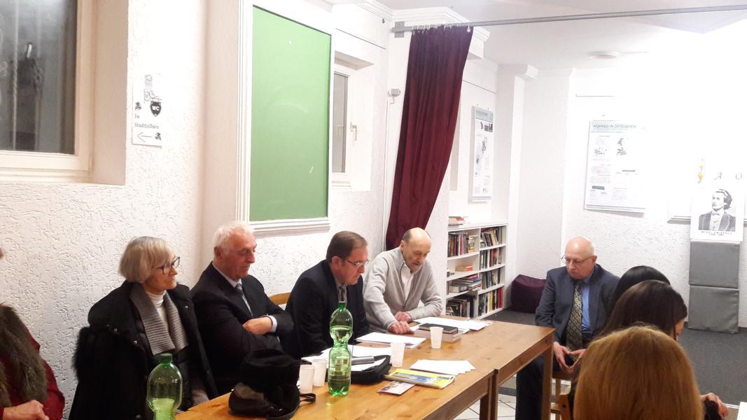 Hilde şi Ion Dumitru din München, dr. Mihai Neagu din Freiburg, dr. Gh. Olteanu din Baden-Baden, Constantin Apolzan din München