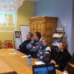 Veronica Bereket de la KAUSA din Frankfurt sprijină părinţii în orientarea profesională a copiilor lor.